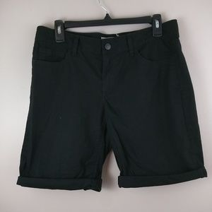 LOFT black roll up Bermudas size 6